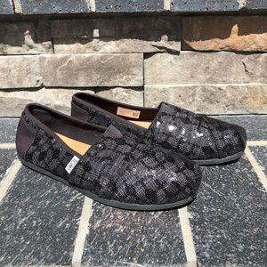 Toms Loafers Black with Sequins, womens 6